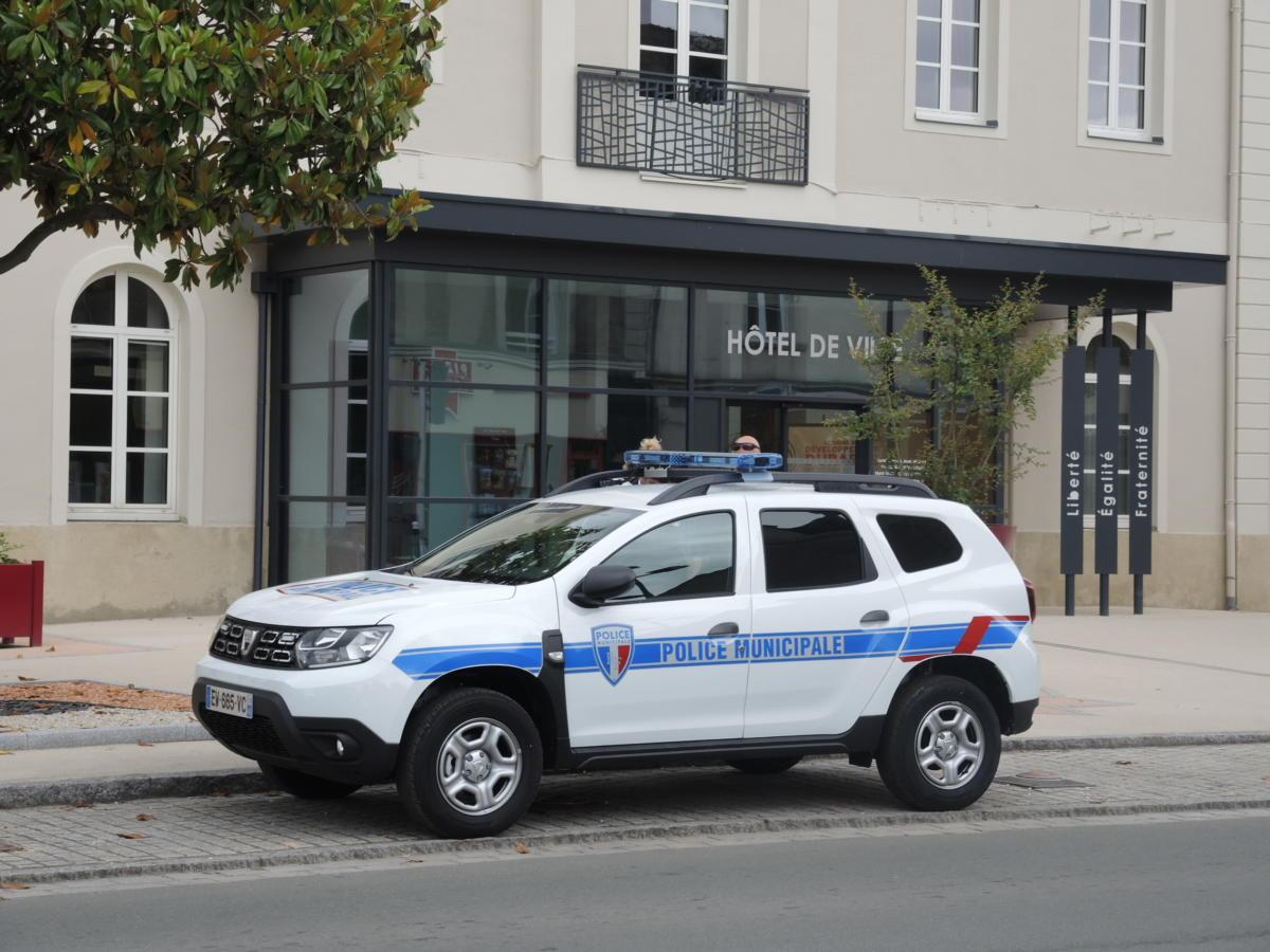 police-ponts-de-ce