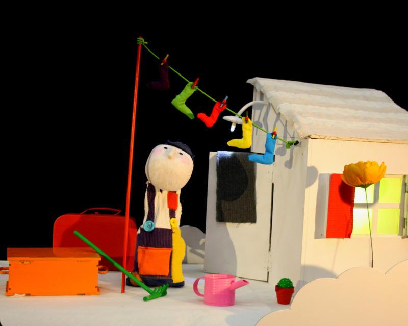MULTICOLORE - Marionnettes et théâtre d'objets